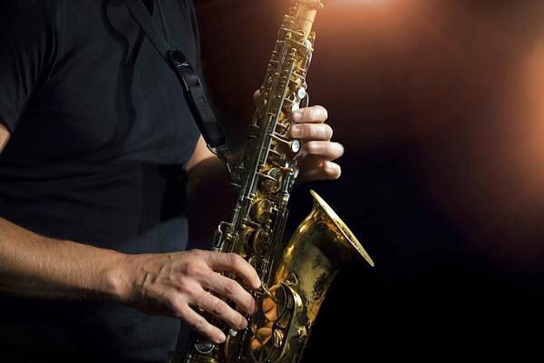 Tips Main Alat Musik Tiup