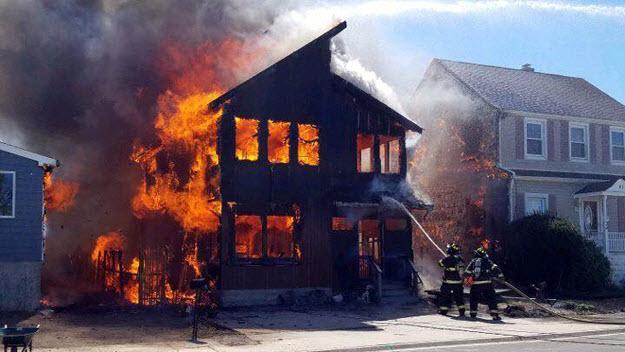 Asuransi Kebakaran, Jangan Pernah Anggap Ini Sepele!