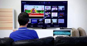 Kelebihan Menonton Film di Smart TV