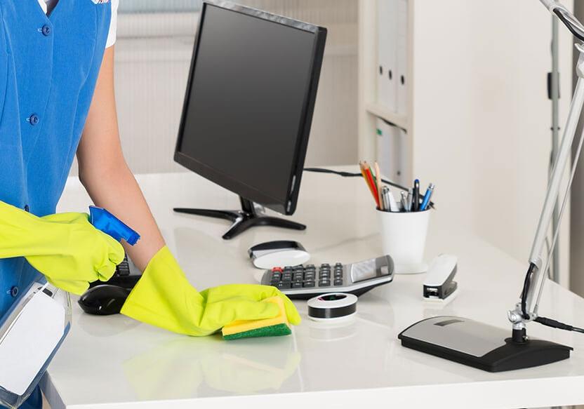 5 Manfaat Menjaga Kebersihan Lingkungan Kerja